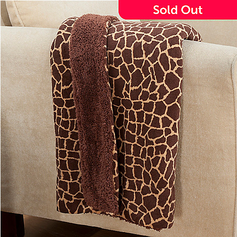 431-394 - Cozelle® Micro Plush 60'' x 50'' Reversible Throw