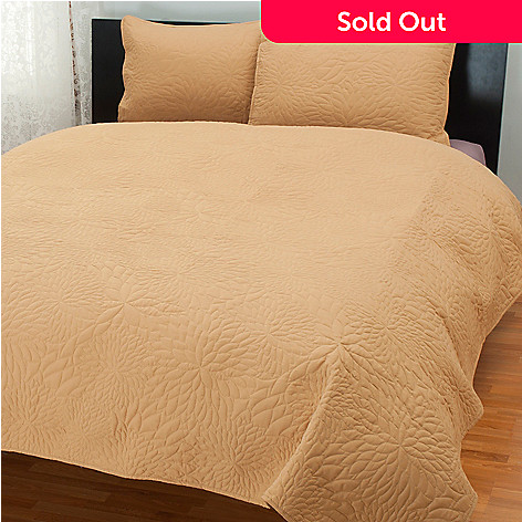 431-497 - Cozelle® ''Burst'' Quilted Three-Piece Coverlet Set