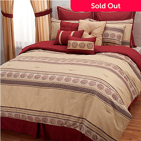 431-499 - North Shore Living™ Stripe & Medallion Panel 12-Piece Bedding Ensemble