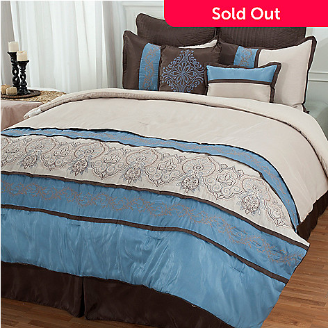 431-626 - North Shore Linens™ ''Sandra'' Eight-Piece Comforter Set