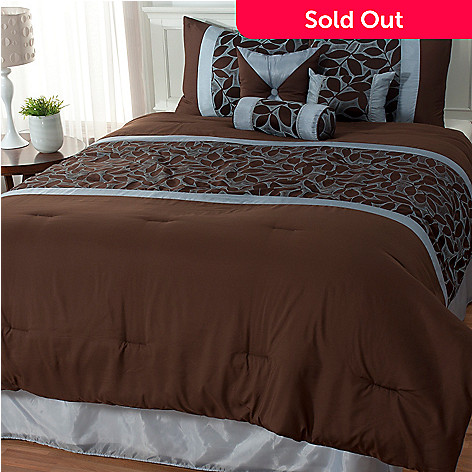 434-941 - North Shore Linens™ ''Fallston'' Seven-Piece Bedding Ensemble