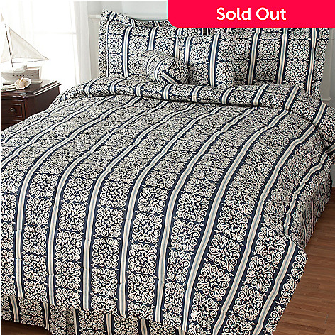 435-440 - North Shore Living™ 300TC Cotton Medallion Striped Six-Piece Bedding Ensemble