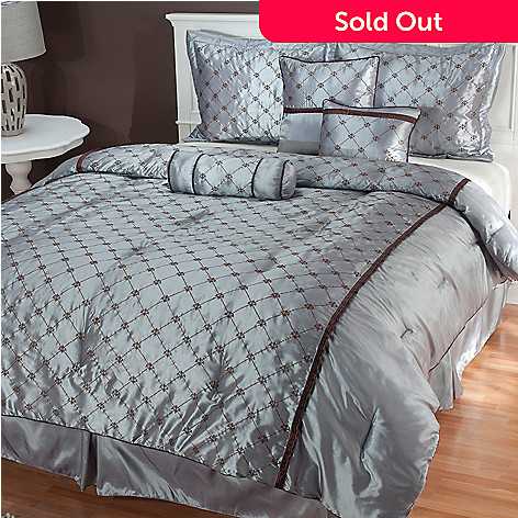 435-463 - North Shore Linens™ ''Alexa'' Microfiber Seven-Piece Bedding Ensemble