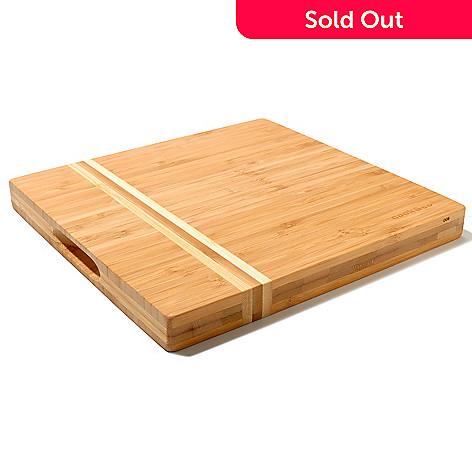 435-486 - BergHOFF® 10'' x 10'' Bamboo Cutting Board