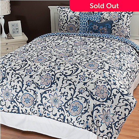 435-538 - North Shore Linens™ ''Calista'' Five-Piece Reversible Bedding Ensemble