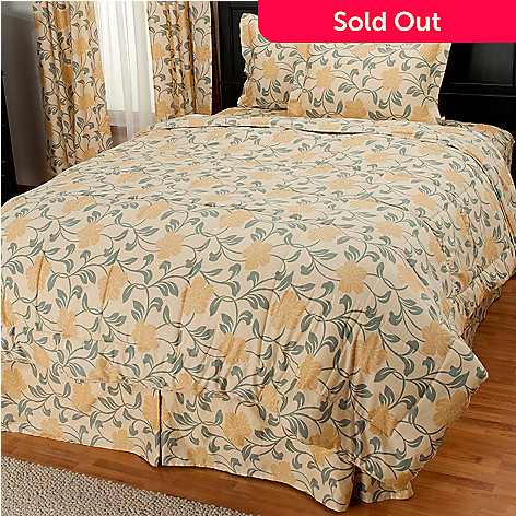 435-722 - North Shore Living™ Four-Piece 300TC Egyptian Cotton Floral Comforter Set