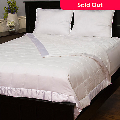 435-840 - Cozelle® Four-Piece 250TC Cotton Down Alternative Blanket, Mattress Pad & Pillow Set