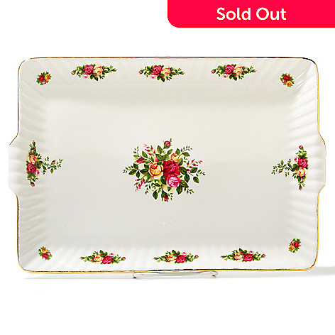 436-424 - Royal Albert Old Country Roses 13.5'' Porcelain Fluted Serving Tray