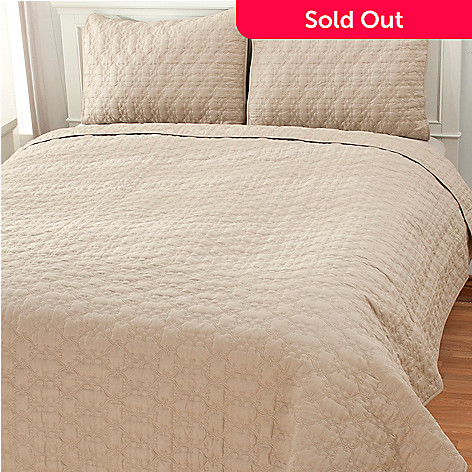 436-497 - North Shore Living™ Three-Piece Cotton Lattice Coverlet Set