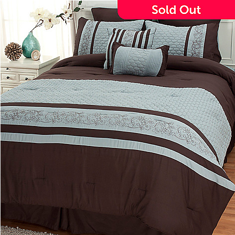 437-058 - North Shore Linens™ ''Montero'' Eight-Piece Bedding Ensemble