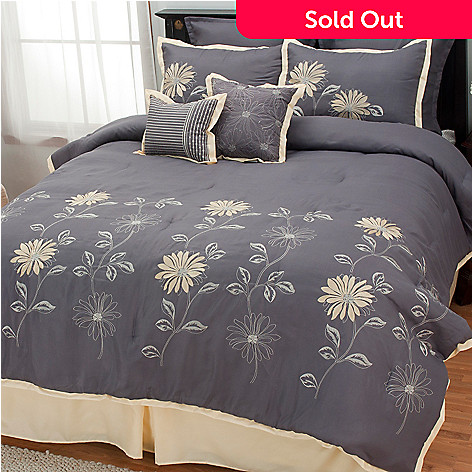 437-309 - North Shore Linens™ ''Mayflower'' Eight-Piece Bedding Ensemble
