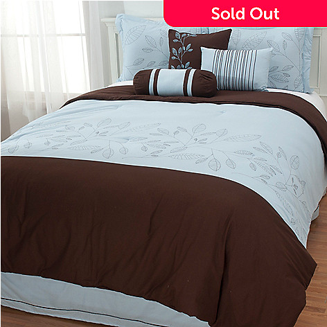 437-482 - North Shore Linens™ ''Ivy'' Cotton Embroidered Seven-Piece Bedding Ensemble