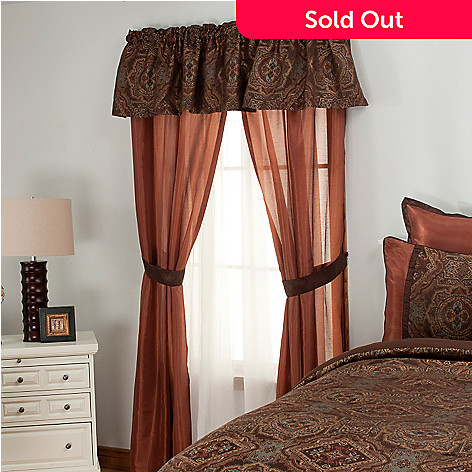 437-491 - North Shore Linens™ Five-Piece Medallion Window Set