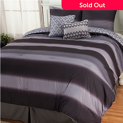 437-551 - North Shore Linens™ ''Mapletown'' Five-Piece Bedding Ensemble