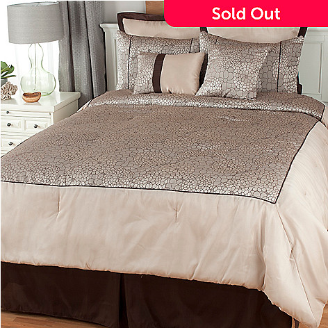 439-443 - North Shore Linens™ Floral Jacquard Eight-Piece Bedding Ensemble