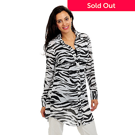 702-215 - Geneology Animal Print Oversized Shirt & Camisole Set