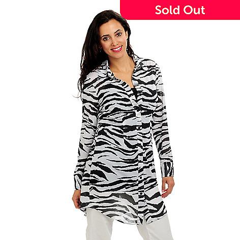 702-215 - Geneology Animal Print Oversized Shirt & Camisole Set