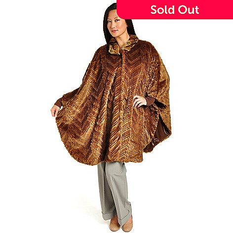 702-251 - Pamela McCoy Chevron Knitted Beaver Faux Fur Cape
