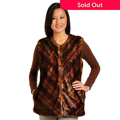 702-256 - Pamela McCoy Crew Neck Chevron Faux Fur Vest