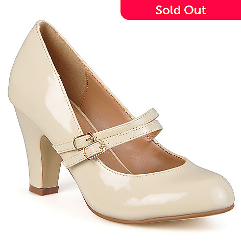 708-446 - Journee Collection Women's Mary Jane Patent Leather Pumps