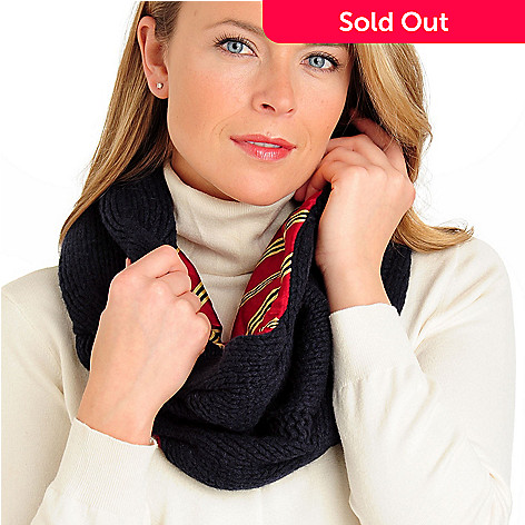 710-067 - Brooks Brothers Women's Cable Knit Lambswool Cowl Scarf