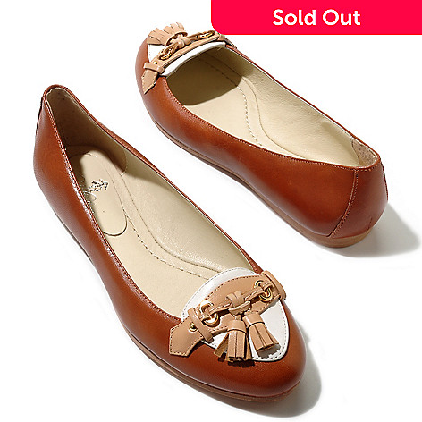 710-117 - Brooks Brothers® Calfskin Leather ''Spectator'' Tassel Detailed Ballet Flats
