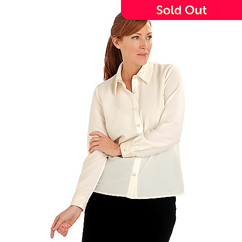 711-128 - Geneology Woven Lace Trimmed Button Front Blouse