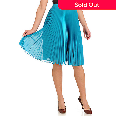 711-299 - WD.NY Georgette Accordion Pleat Side Zip Knee-Length Skirt