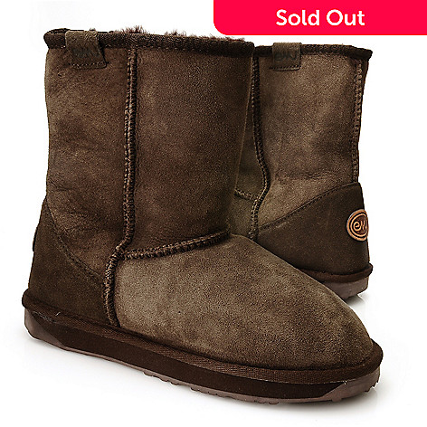 711-941 - EMU ''Stinger Lo'' Sheepskin Water-Resistant Mid-Calf Boots