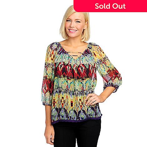 712-913 - Kate & Mallory® Yoryu Blouson Sleeved Lace Hem Top