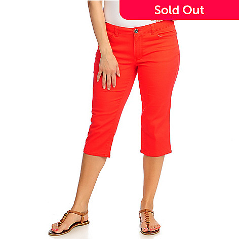 713-109 - OSO Casuals™ Stretch Twill Embellished Back Pocket Capri Pants
