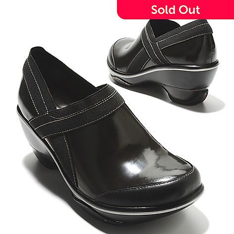 713-768 - Jambu Patent Leather Slip-on Clogs