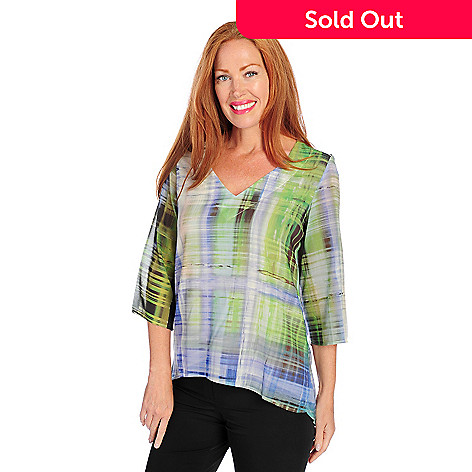 718-489 - One World Printed Woven 3/4 Sleeved Hi-Lo Hem V-Neck Top
