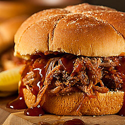 Bear Creek Cattle 3 (16 oz) Heat & Serve Pulled BBQ Chicken