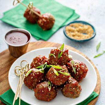 Gourmet Food Delectable Dishes The Family Will Enjoy - 500-368 Bear Creek Cattle 34 oz Sweet & Tangy Meatballs 25 Pieces Total - 500-368