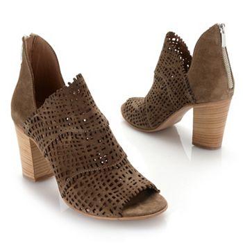 Heels & Sandals - 743-156
